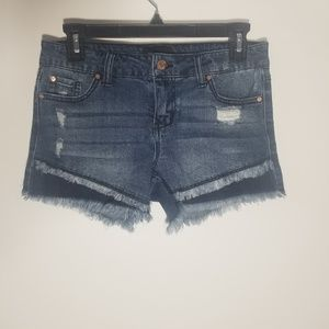 Celebrity Pink size 3 distressed look Jean shorts